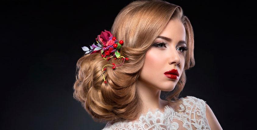 Мастер-классы по макияжу и созданию прически в школе стилистов Love and Beauty
