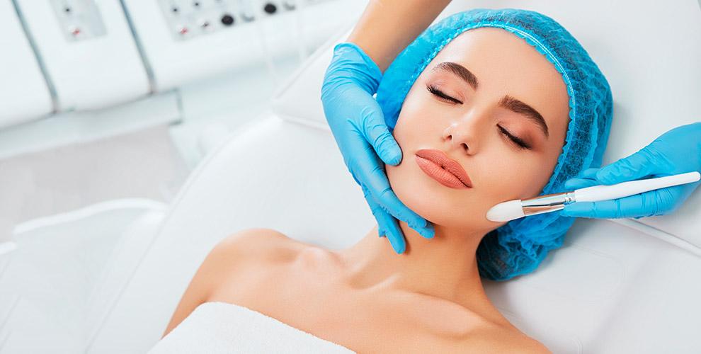 УЗ-чистка лица, пилинги, шугаринг, уходовая программа «Анти-акне» встудии BeautyPub