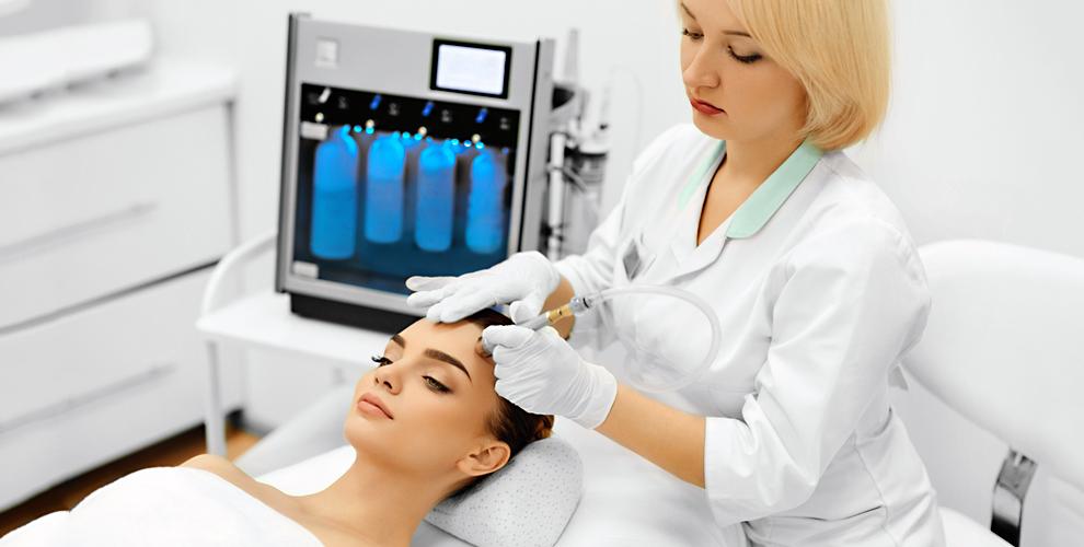 «Студия аппаратной косметологии»: алмазная шлифовка лица, пилинги