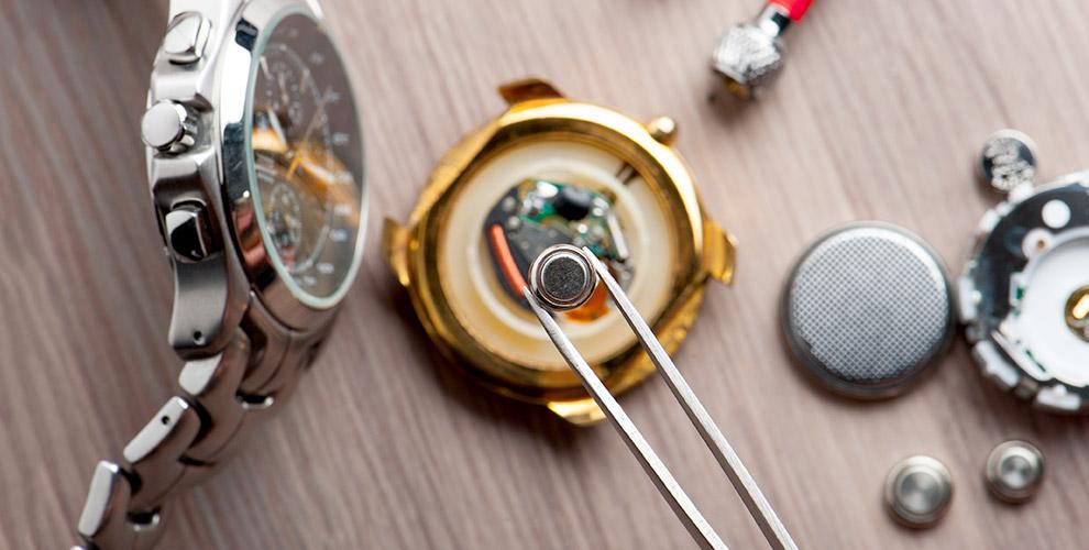 """""""Наши золотые ручки"""": услуги для наручных часов, изготовление ключей и многое другое"""