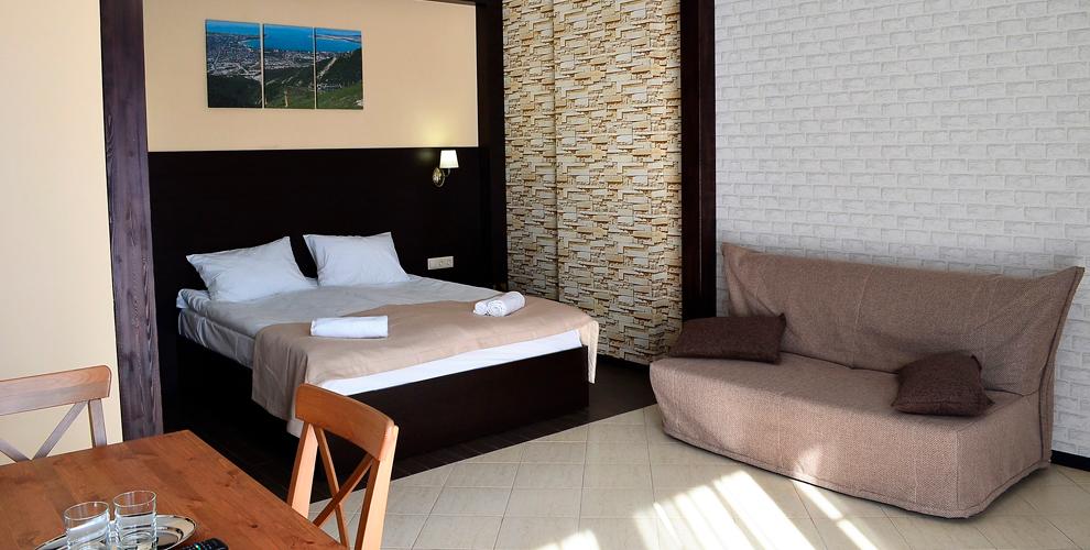 Отдых в Геленджике: проживание с завтраками в отеле Alpen House