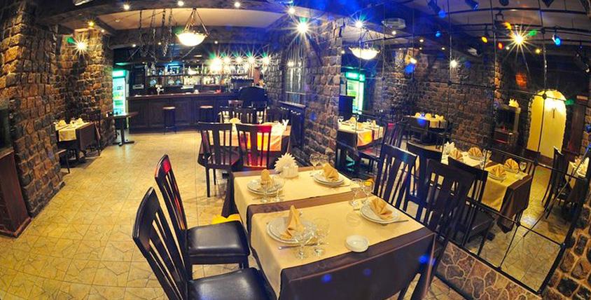 """Традиционная грузинская кухня в ресторане """"Первая Хинкальная Мимино"""". Настоящее гостеприимство из Грузии!"""