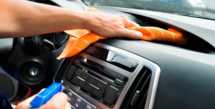 Чистая машина - лицо водителя! Автомобильная химчистка Chee100 приглашает на химчистку салона автомобиля