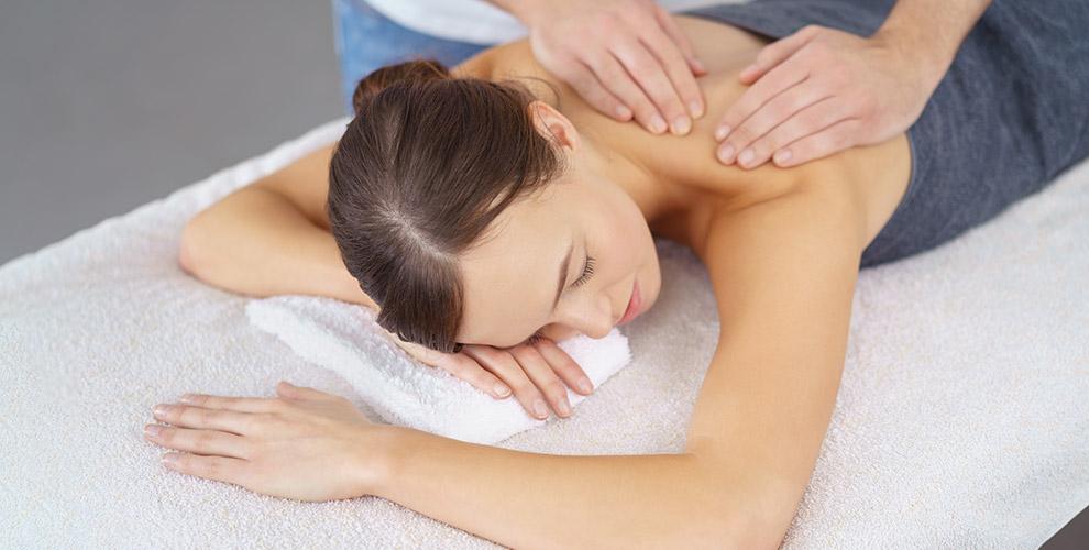 Сеансы массажа на выбор в салоне красоты «Милос»