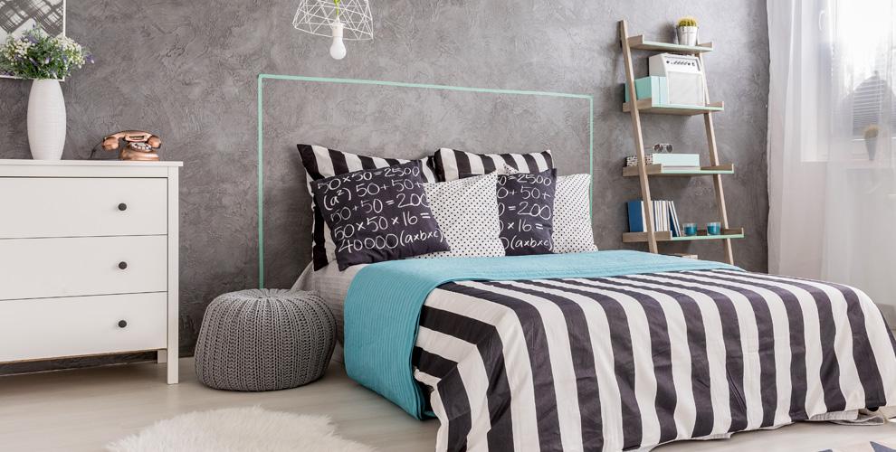 Ассортимент подушек, одеял, постельного белья и вафельных полотенец от компании AhAt