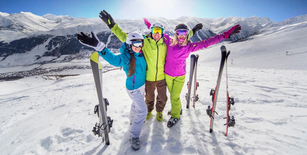 Прокат горных лыж, сноуборда, коньков и не только в сети центров «Морской стиль»