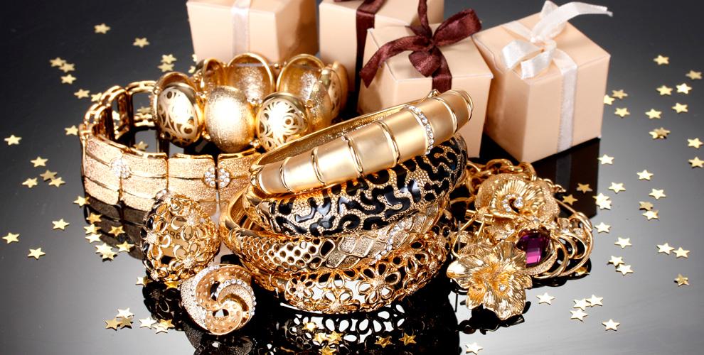 Кольца, серьги, браслеты, подвесы иколье всети салонов авторской бижутерии «Ювента»