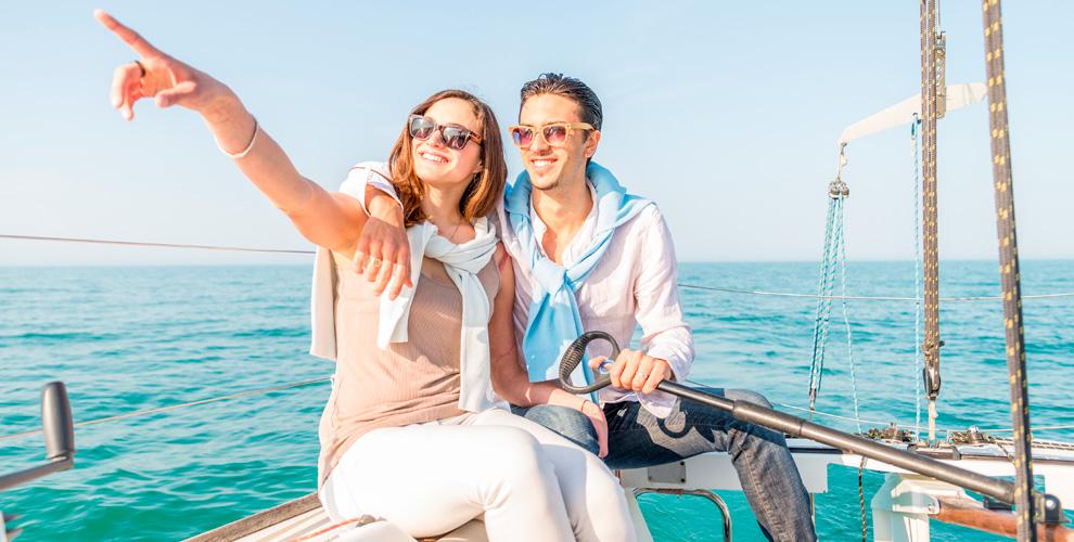Прогулка на яхте и катере с профессиональной фотосессией