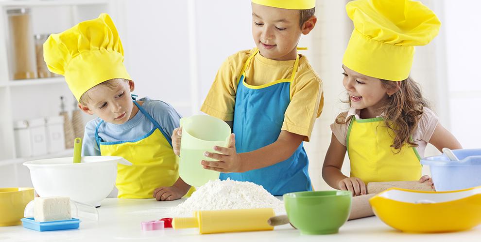 Кулинарный мастер-класс и «Арт-мастерская» в детском клубе-ресторане «Крыша»