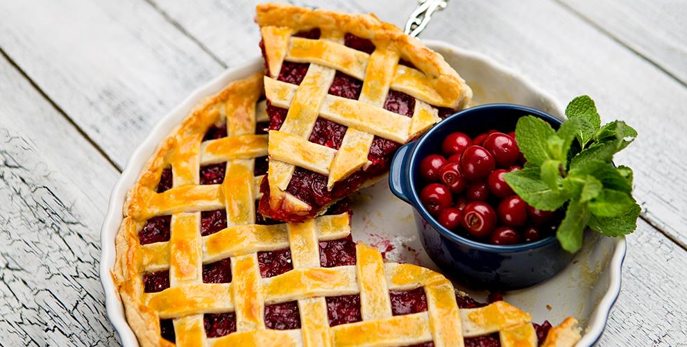"""Разнообразие сладких и сытных пирогов в пекарне """"Пир пирогов"""""""