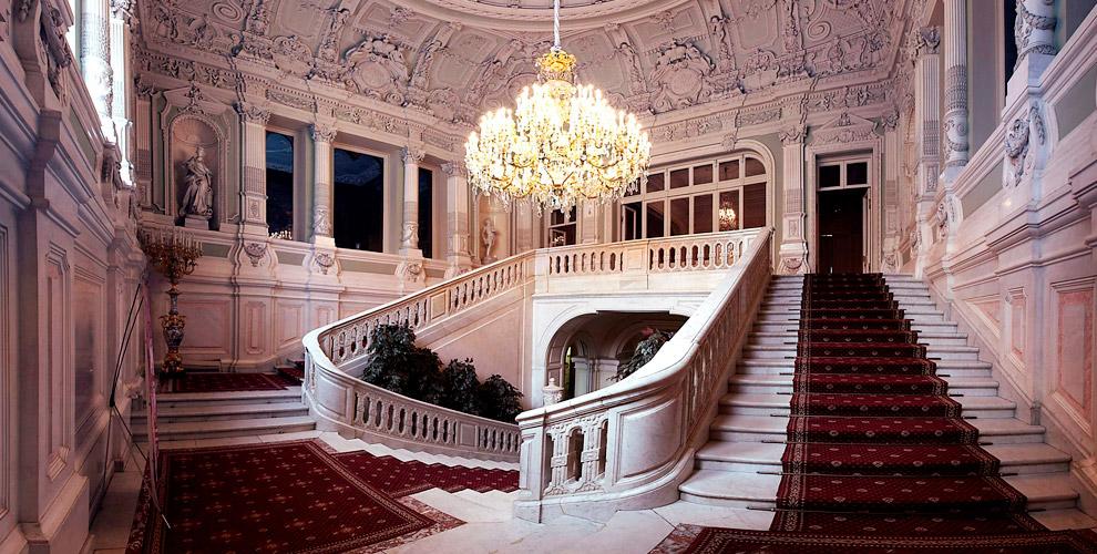 Билеты на экскурсию-лекцию по дворцу княгини З.И. Юсуповой с концертом в подарок