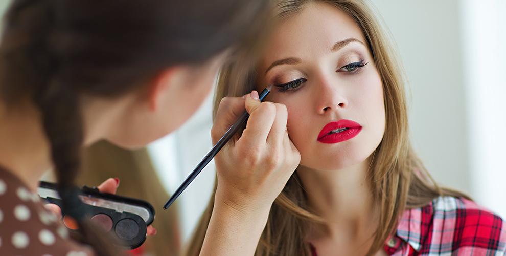 Beauty center: курсы помакияжу «Самсебе визажист»и«Прически длясебя»