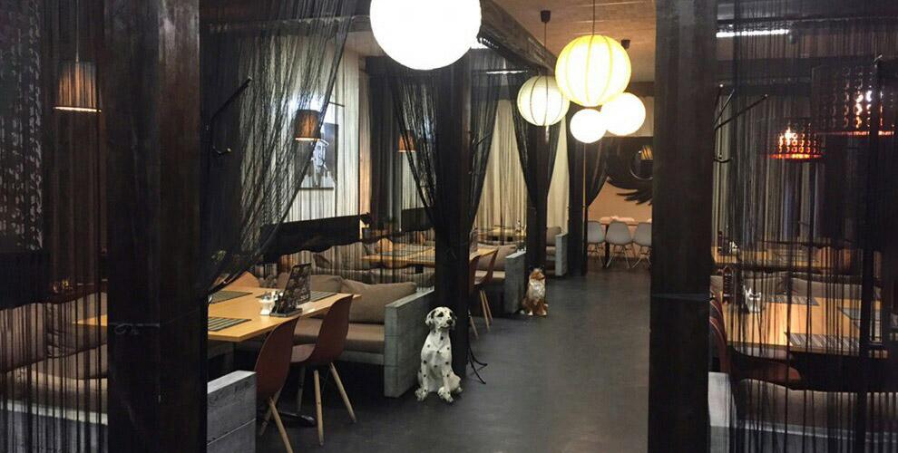 Паста, десерты, роллы, бургеры ипицца вBar&Restaurant AlCapone