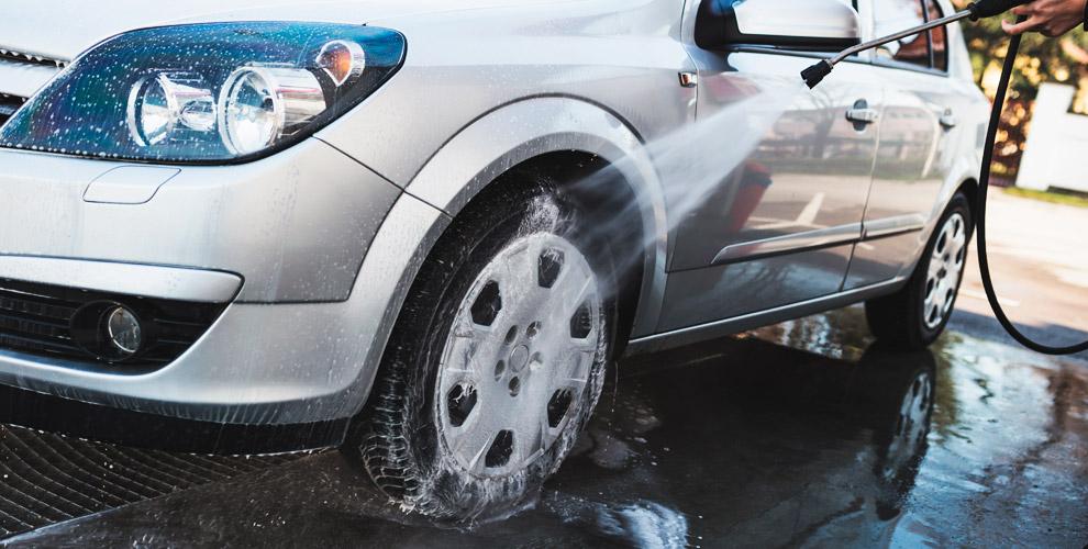 Комплексная, экспресс, нано-мойка и химчистка салона в автомойке Pit-Stop