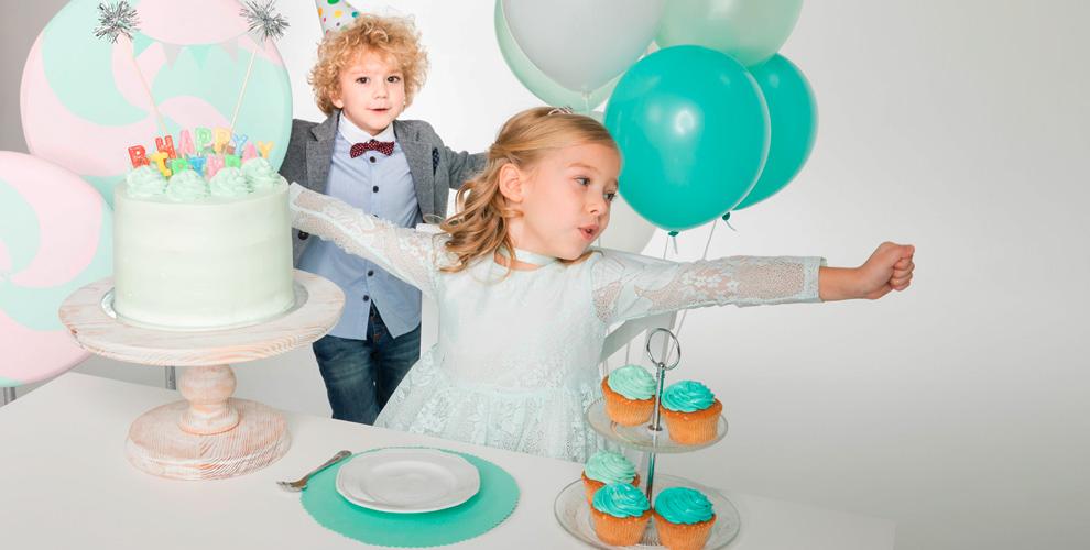 «Семейное кафе»: гелиевые шары, детские шоу, аренда игровой комнаты и меню