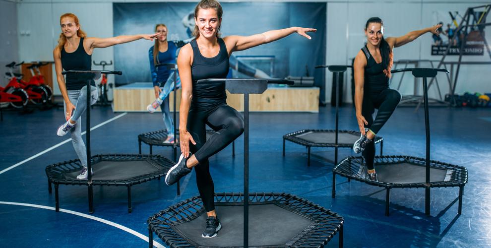 Занятия танцевальным фитнесом на мини-батутах в фитнес-клубе Timestudy.ru