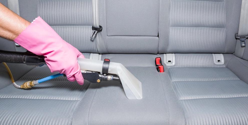 Автостудия Garage: химчистка салона, полировка кузова и покрытие «Жидкое стекло»