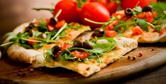 """Хотите пиццу по собственному рецепту? """"Конструктор пиццы"""" -  ингридиенты на ваш выбор, а также всё меню от ресторана доставки Verona pizza"""