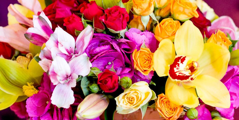 """Букеты, розы Эквадор, лилии и лепестки роз от цветочной лавки """"Лавандыш"""""""