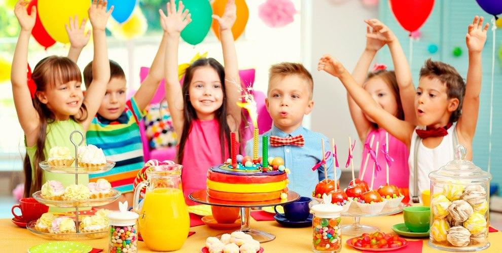 """Детские программы, шоколадный фонтан, игровая комната от шоу-проекта """"В ритме любви"""""""
