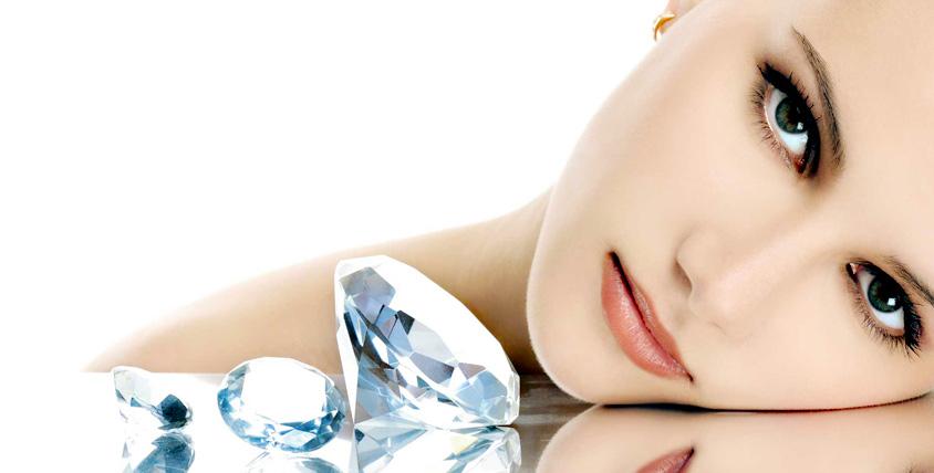2 способа выглядеть неотразимо! Сеансы алмазной дермабразии и УЗ-чистки лица в салоне красоты Estettika