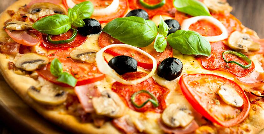 """Служба доставки """"Донна Пиццоне"""" снова с вами! Все меню пиццы за половину стоимости"""
