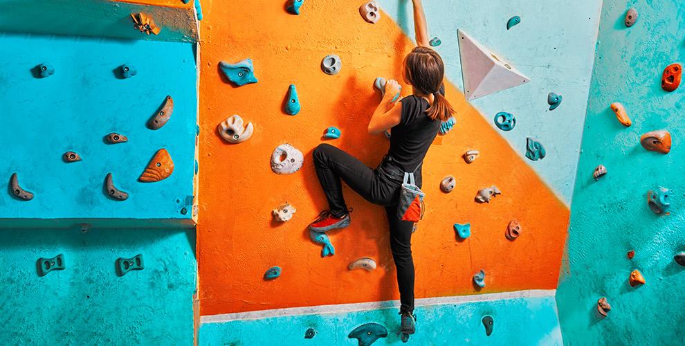 Занятия в веревочном парке и на скалодроме Х8