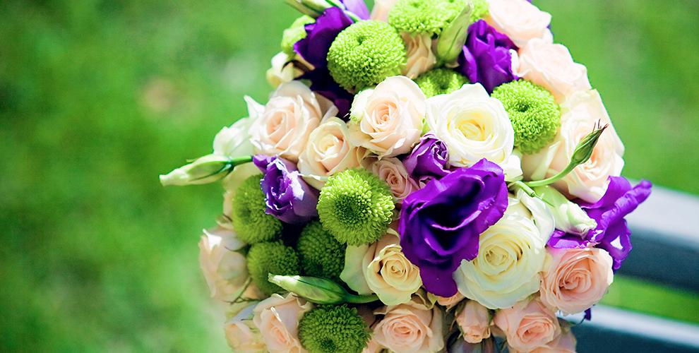 Разнообразные букеты в цветочном магазине «ФлористЭль»