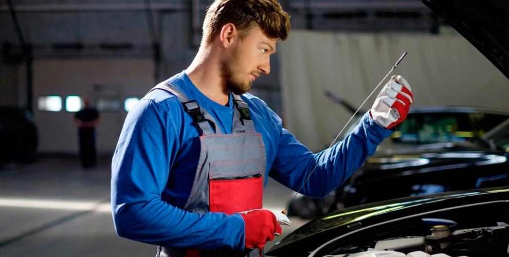 Техобслуживание, замена масла, шиномонтаж автомобилей в автосервисе «ФрансАвтоСервис»