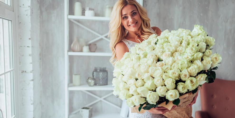 RoseMix: пионовидные розы, герберы, тюльпаны и композиции из живых цветов