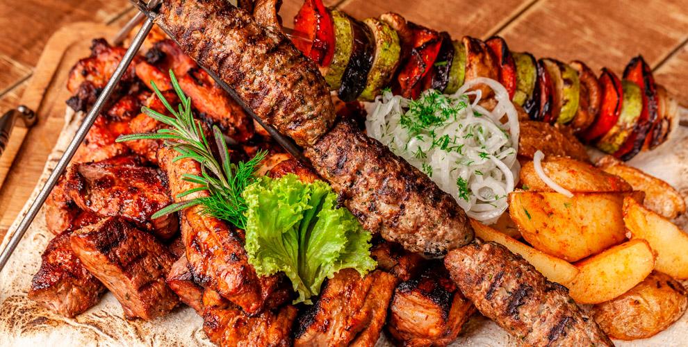 «Мясоед»: шашлык, бургеры, салаты, десерты ибизнес-ланчи