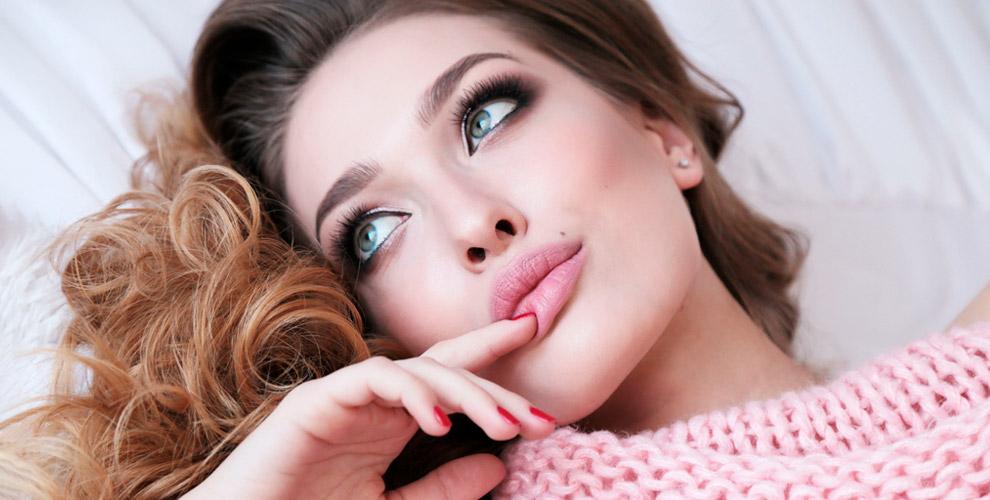 Увеличение губ,инъекции «Ботулакс» иУЗ-чистка всалоне JesLime