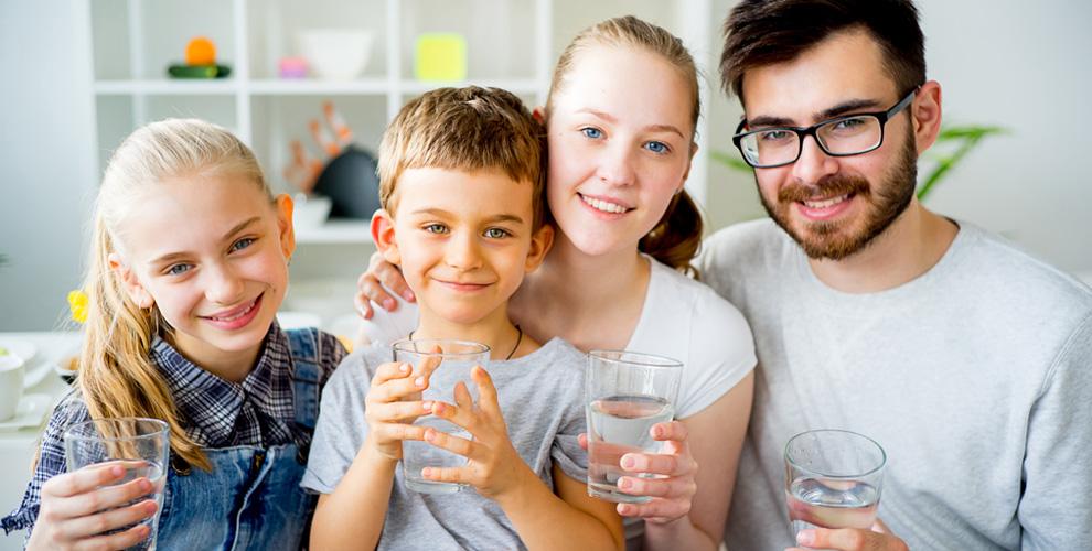 Доставка трёх бутылей артезианской питьевой воды высшей категории от ТДВ «Принцип»
