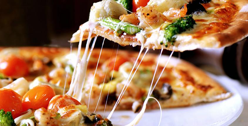 """Все меню аппетитной пиццы и японской кухни от службы доставки """"Гурмэ"""""""