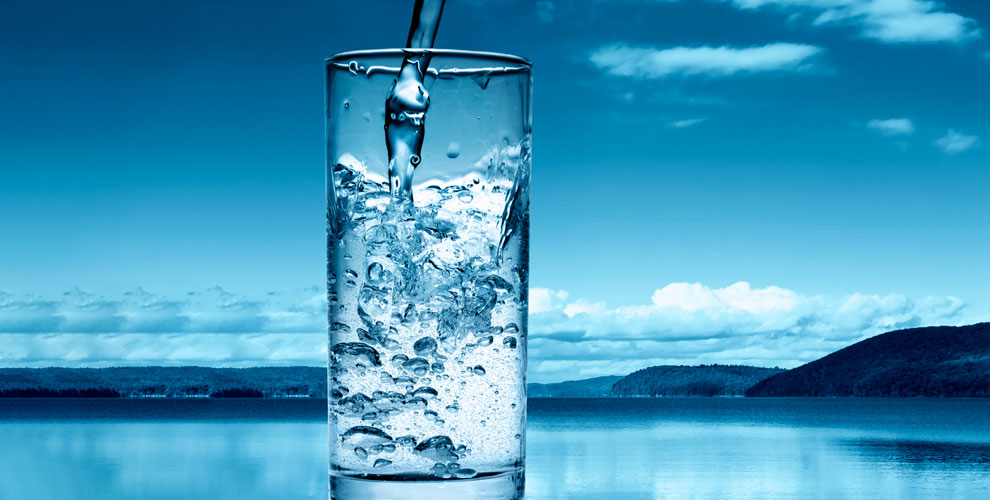 Баллоны артезианской питьевой воды 19литровоткомпании «Королевская вода»