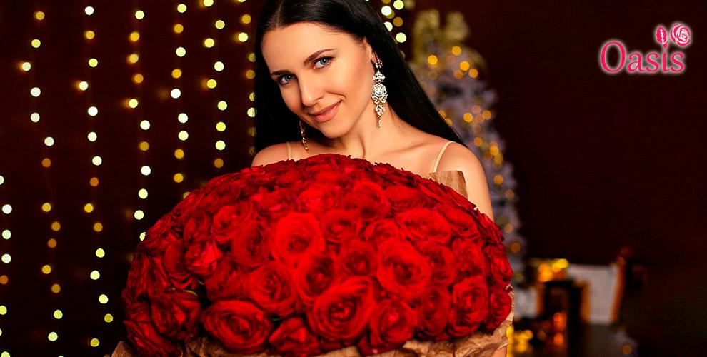 Цветы, букеты из роз и композиции в шляпных коробках от салона Oasis