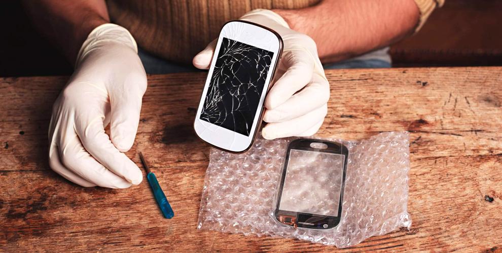 """Замена дисплея на iPhone, планшетах и других устройствах в компании """"Мы вместе"""""""