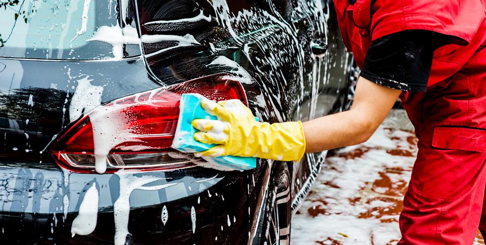 Комплексная мойка «Люкс» снано-шампунем дляавтомобилей вавтомойке Friends