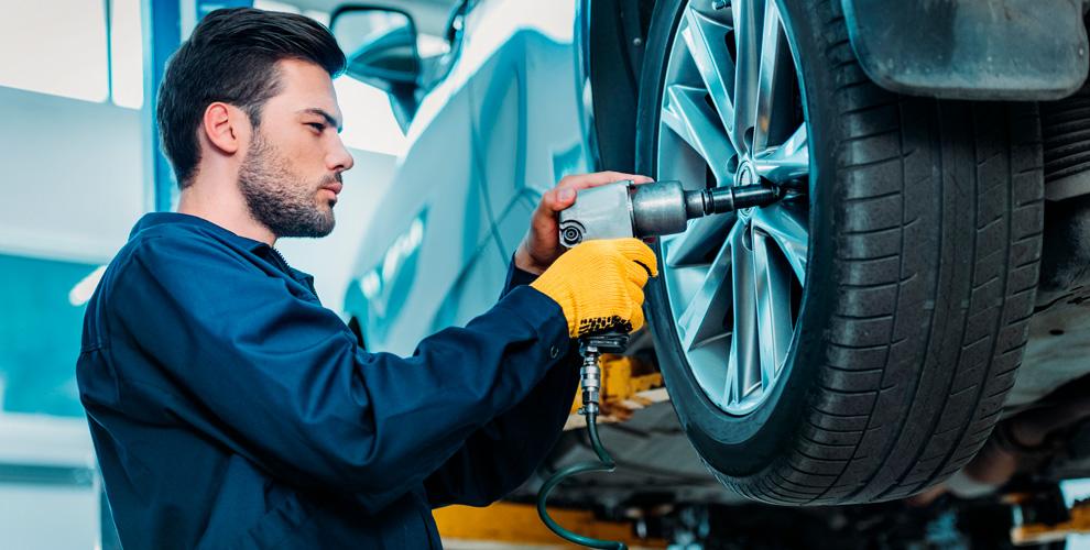 Шиномонтаж легковых автомобилей, внедорожников и не только в техцентре «МИО-Центр»