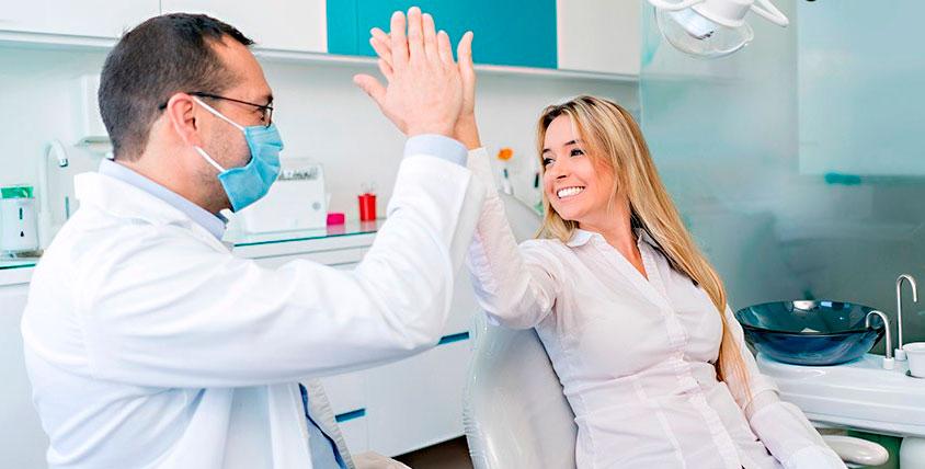 """Бесплатный осмотр и составление плана лечения, гигиена полости рта в стоматологическом кабинете """"Ваш доктор"""""""