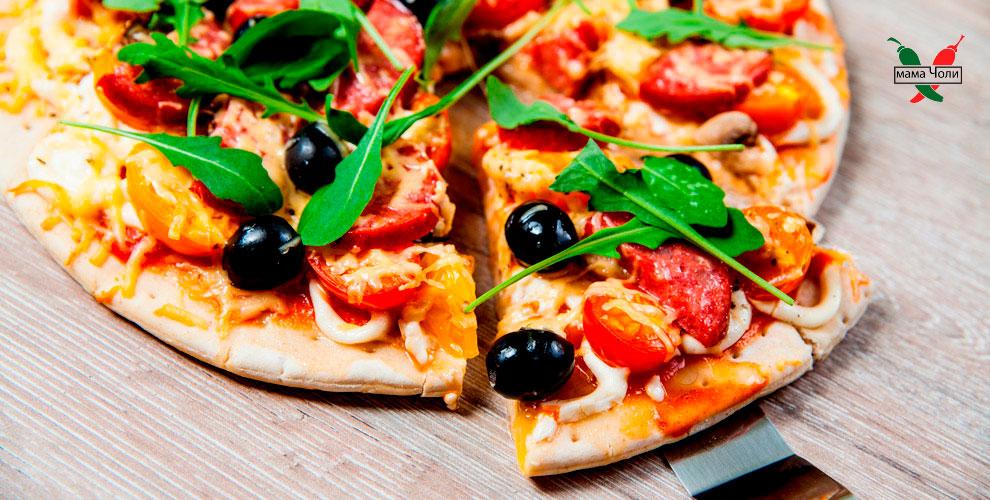 Пицца, роллы, чизкейк и закуски в пиццерии «Мама Чоли»