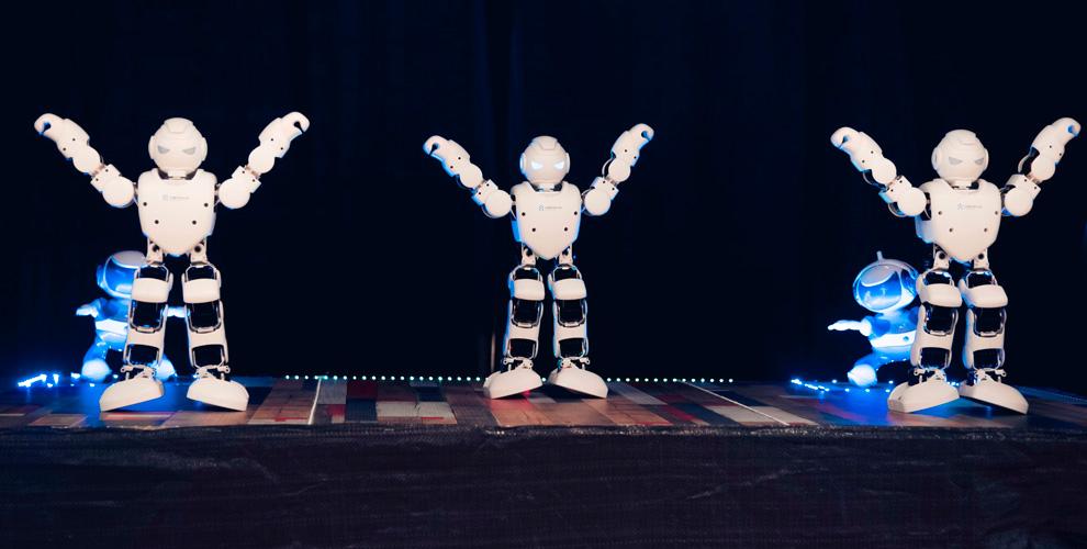 """Билеты на выставку """"Корпорация роботов"""" для взрослых и детей"""