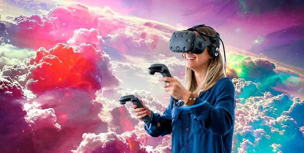 """Сеансы игр в шлеме виртуальной реальности в клубе """"Глубина"""""""