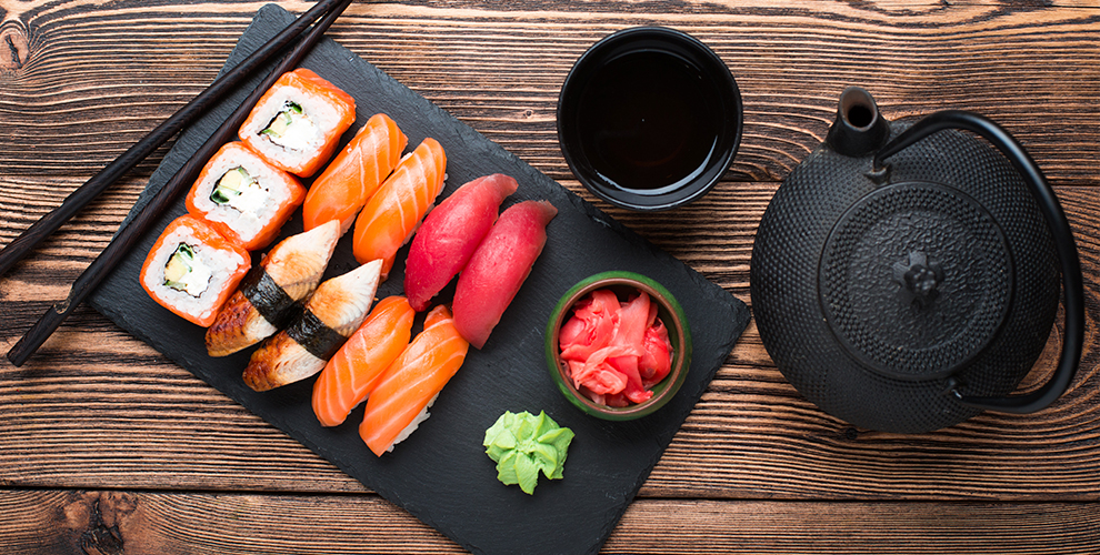 Меню кухни и напитки в японском ресторане ProSushi