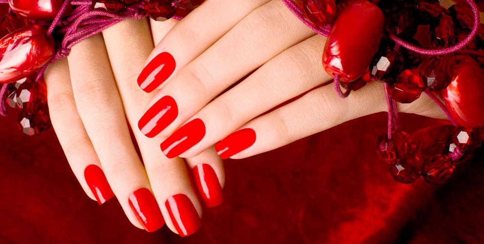 Маникюр, педикюр и покрытие гель-лаком в студии красоты «Красный ЛАК»