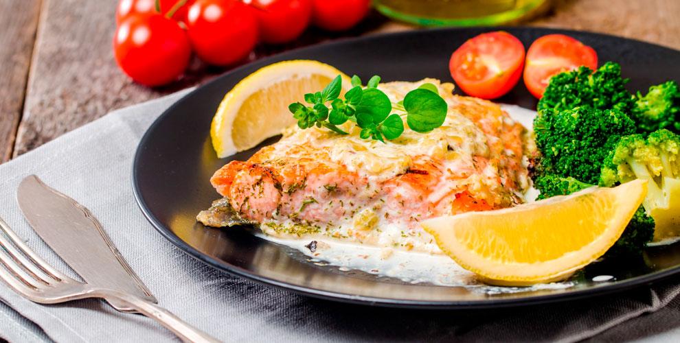 Горячие блюда, салаты, паста, пицца, роллы идесерты вресторане «ЦМИК»