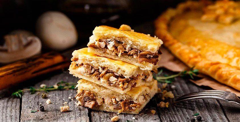 """""""Смак"""": пироги из слоеного и песочного теста, капкейки, праздничные торты и пицца"""