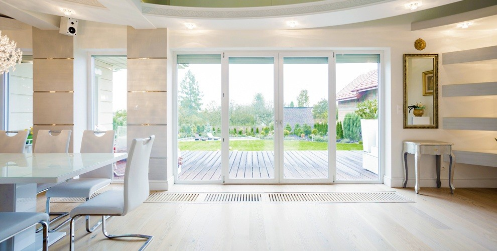 "ПВХ окна, остекление балкона-лоджии и квартиры от компании ""Галерея окон"""