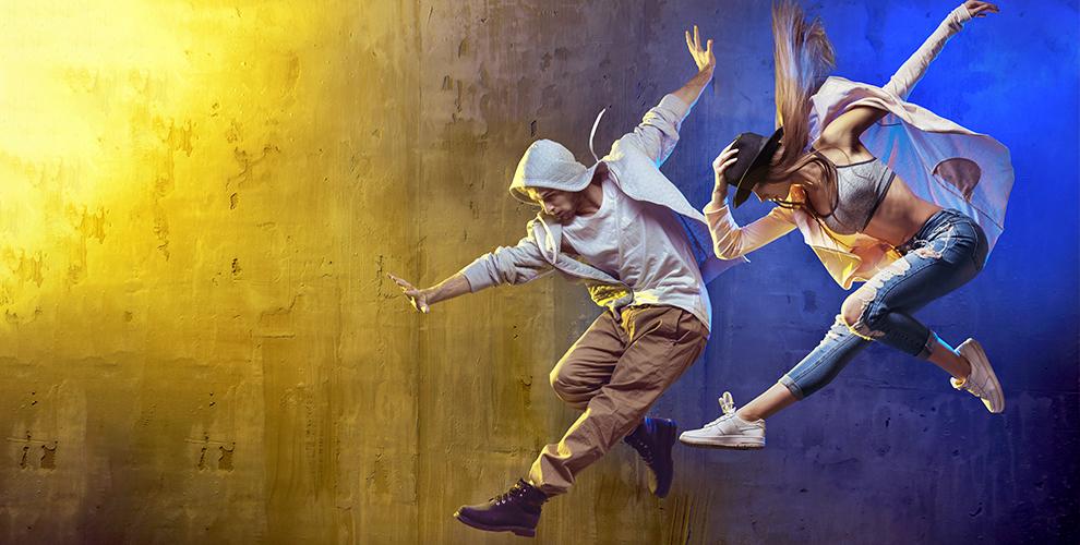 Занятия танцами, фитнесом длядетей ивзрослых встудии Anabel Dance