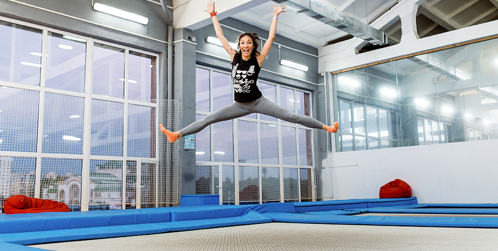 Занятия акробатикой, сноубординг, батут и не только фитнес-студии «Рубикон батут»